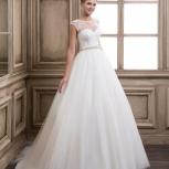 Продам свадебные платья  из кружева и атласа, Новосибирск