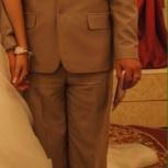 Продам, костюм в комплекте с рубашкой и галстуком., Новосибирск
