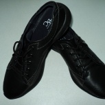 Продам демисезонные чёрные туфли., Новосибирск