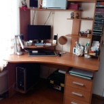 Продам угловой компьютерный стол, Новосибирск