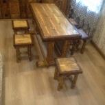 Комплект мебели из состаренного дерева:Стол и 6 табуретов, Новосибирск