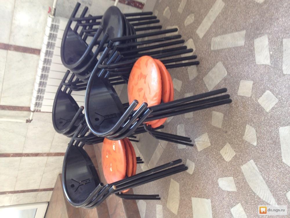 Кухонные столы, стулья, столовые группы в Москве