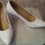 Продам новые белые туфли (свадебные) размер 43-43, Новосибирск