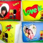 Мягкая подушка Love is. С фото, Новосибирск
