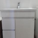 Продам мебель для ванной: тумба с раковиной +зеркало, Новосибирск