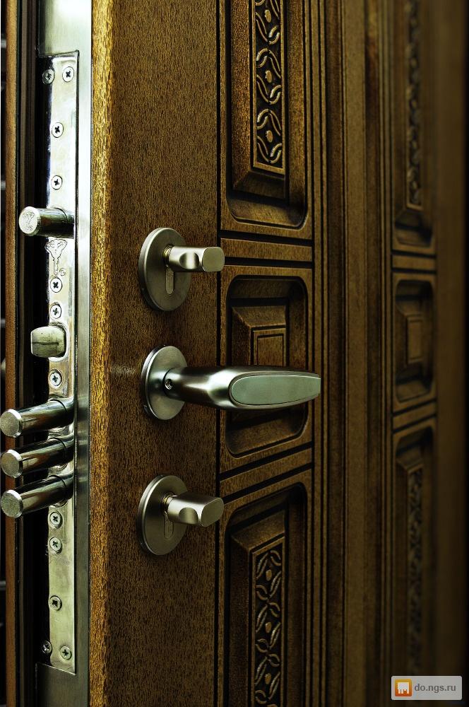 металлическая бронированных входная дверь