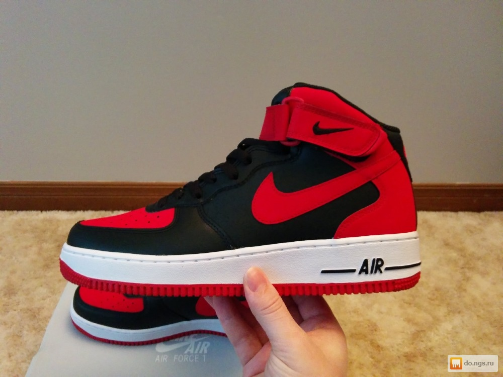 Nike air force black and red