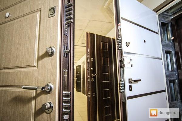 железные металлические надежные двери