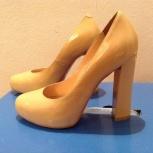 Новые лаковые туфли, Новосибирск