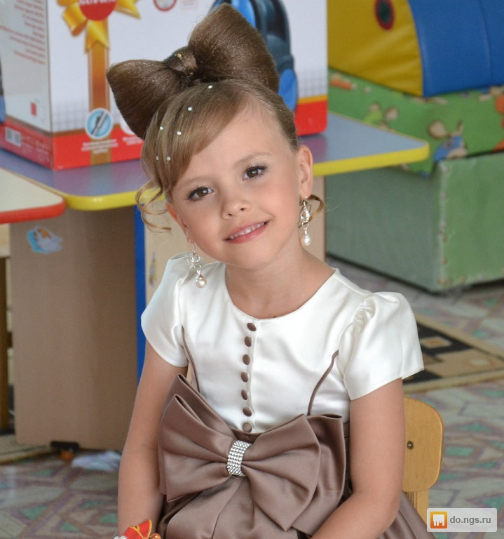 Прическа на детский праздник девочке