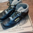 лыжные ботинки 36 и 45 р-р, Новосибирск