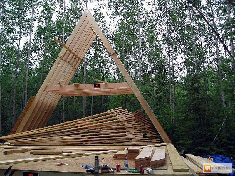 Дом своими руками треугольный
