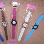 Женские часы, силиконовый ремешок, новые, Новосибирск