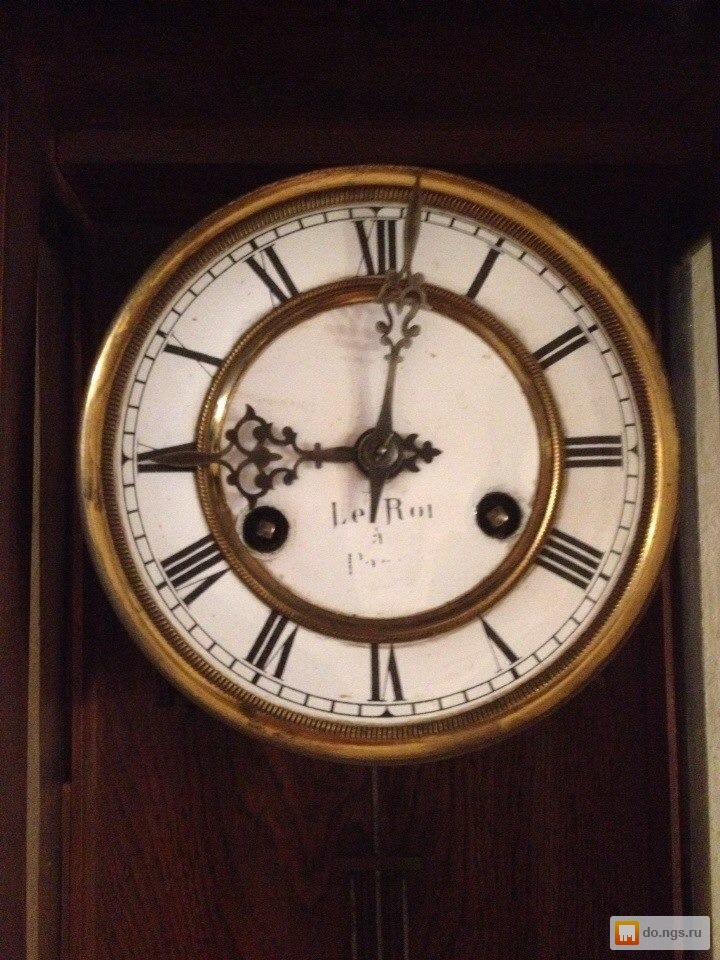 Старинные часы продам при стоимость нормо дтп часа