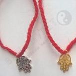 Красные браслеты из Иерусалима на запястье, Новосибирск