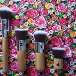 Новые.Кисти для макияжа,за набор из 11 штук , можно штучно ., Новосибирск