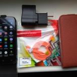 Смартфон DNS s4502 в комплекте с двумя чехлами и картой на 8 ГБ., Новосибирск