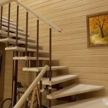 Лестница Г-образная со ступенями из светлого бука, Новосибирск