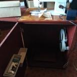 Швейная машина Чайка 143 в тумбе (ножная и электропривод) новая, Новосибирск