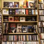 Покупаю Аудиокассеты, Пластинки, Компакт диски CD диски, Новосибирск