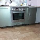 Кухня с варочной панелью ,духовой шкаф , вытяжка, Новосибирск