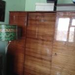 Шкаф трехстворчатый б/у в хорошем состоянии, Новосибирск
