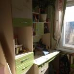 Продам школьный рабочий стол+шкафы, Новосибирск