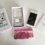 iPhone 5S, новый, в транспортировочных плёнках, Новосибирск