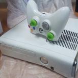 Эксклюзивная Xbox 360 в белом цвете, в идеале, Новосибирск