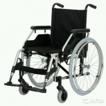 Породам кресло-коляску инвалидную. Новая. В упаковке., Новосибирск