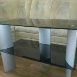 Продам стеклянный столик, Новосибирск