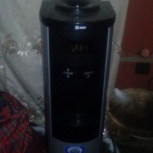 продам кулер напольный горячая холодная вода., Новосибирск