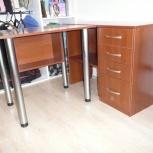 Срочно! Мебельный уголок стол и шкафчики, Новосибирск