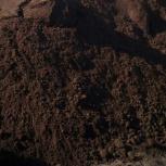 Чернозем в мешках и самосвалом. Грунт , почва, торф, перегной, опилки, Новосибирск