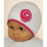 Продам новую шапку на холодное лето для девочки до 2 лет, Новосибирск